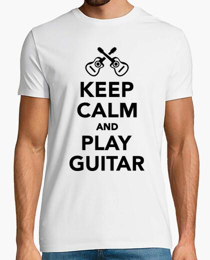 Camiseta mantener la calma y tocar la guitarra