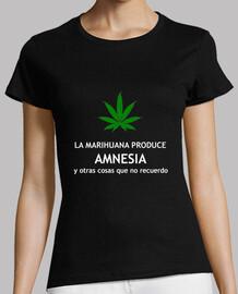 María Amnesia Negra Chica