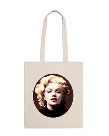 Marilyn glamour