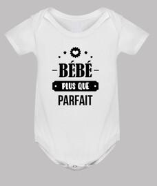 más que perfecto del bebé / nacimiento