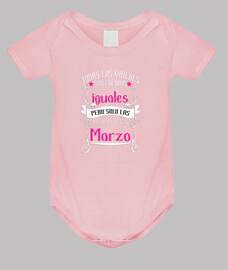 Mejores mujeres nacen en Marzo