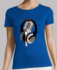 Microfóno y cascos. Audio. Cantantes