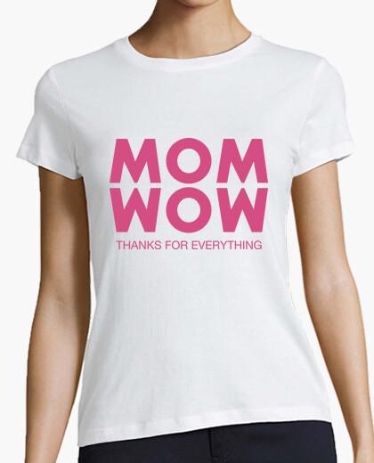 T-shirt Mom, Wow