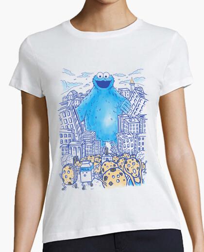 Camiseta monstruo en la ciudad