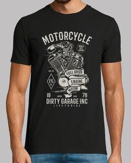 moteur de moto pleine vitesse
