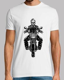 moto calavera schwarz getragen