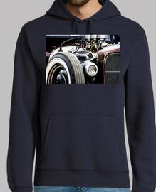 Motor potente de coche antiguo