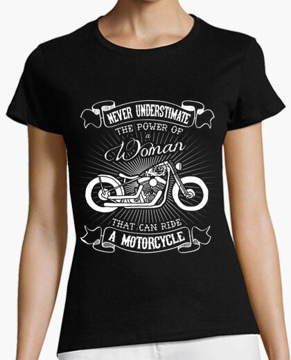Camiseta mujer y moto