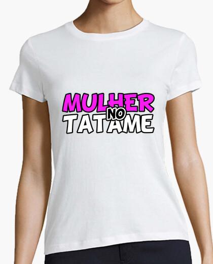 Camiseta Mulher no Tatame