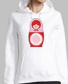 Muñeca rusa roja y rosa