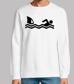 nageur d39attaque de requin