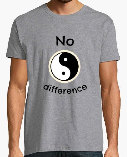 T-shirt nessuna differenza