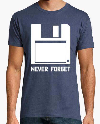 Camiseta Never forget