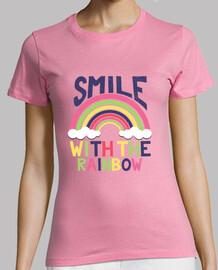 niedliche regenbogen-lächelnmädchen