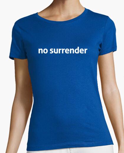 Camiseta no surrender
