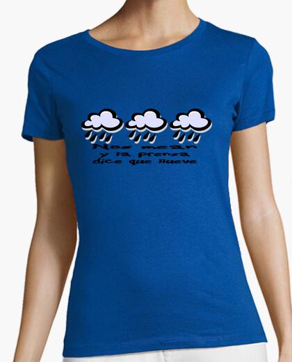 Camiseta Nos mean y la prensa dice que llueve