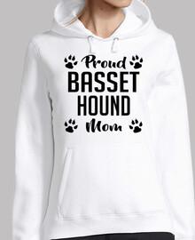 orgullosa mamá basset hound
