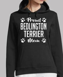 orgullosa mamá de bedlington terrier