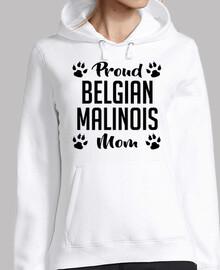 orgullosa mamá malinois belga
