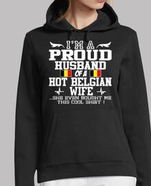 orgulloso esposo esposa belga caliente