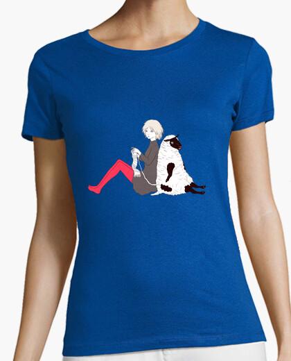Camiseta ovejas y una niña