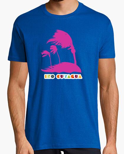 Camiseta Palmeras fuxia azotadas por el viento