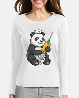 panda como enfermera con jeringa