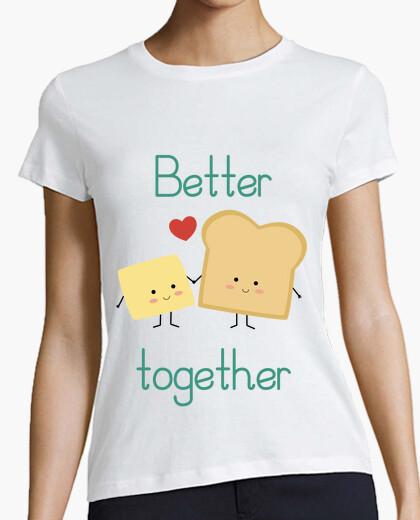 T-shirt pane tostato e burro