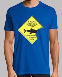 panel de ataque de tiburón