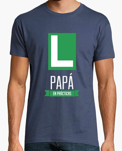 T-shirt papà in pratica