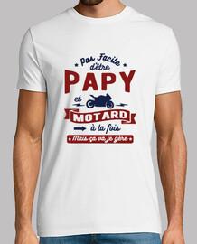 Papy et motard