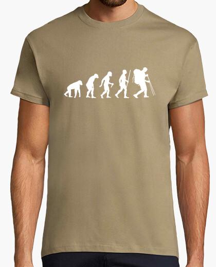 Camiseta paso de la evolución de la montaña
