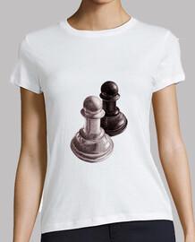 peones de ajedrez en blanco y negro de la camiseta