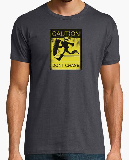 T-shirt pericolo cantato