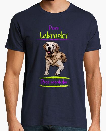 Camiseta Perro labrador, poco mordedor