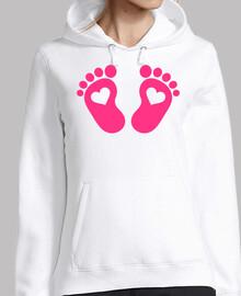 pies de bebé corazones