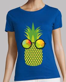 Piña con Gafas de Sol 3