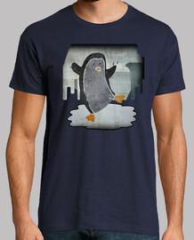 Pinguino patinando en un charco