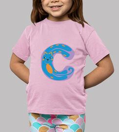 pink shirt child, letter c