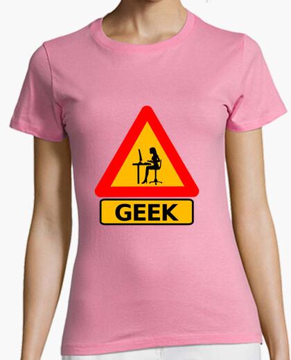 Camiseta ¡Precaución Geek!