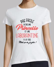 princesa y ayudante de laboratorio