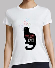 questa ragazza ama i gatti