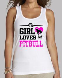 questa ragazza ama il suo pitbull