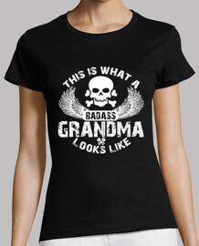 questo è ciò che assomiglia a una nonna