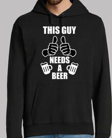 questo ragazzo ha bisogno di una birra