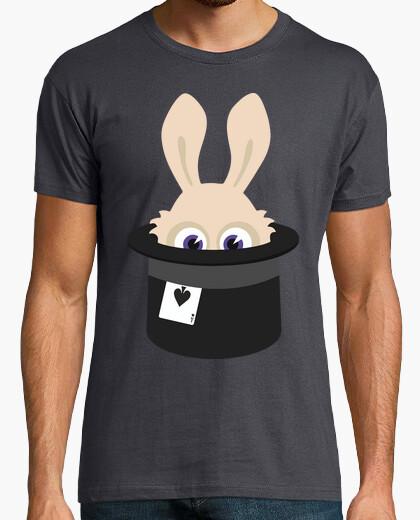 Rabbit top hat / ace of spades t-shirt