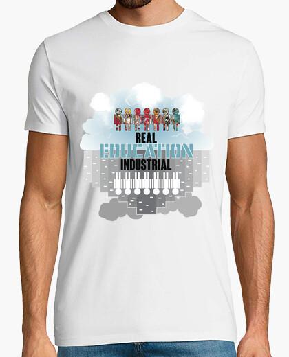 Camiseta Real Education vs. Industrial Education