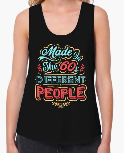 T-shirt realizzato negli anni '60 diverse people