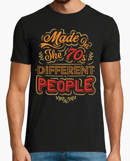 T-shirt realizzato negli anni '70 diverse people
