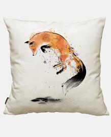 renard roux sautant dans la neige